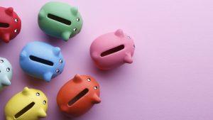 ¿Cuánto deberías ahorrar según tu edad y tus ingresos?